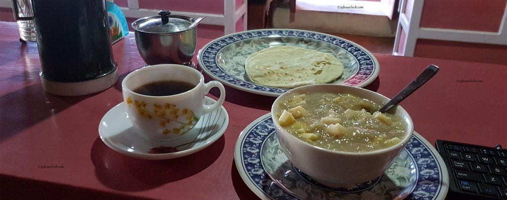 Breakfast at Deurali Pass