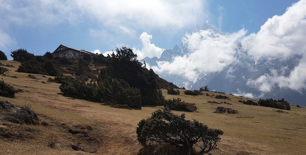 Themserku above Namche